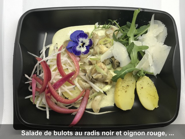 La Bisquine Salade de bulots au radis noir et oignon rouge