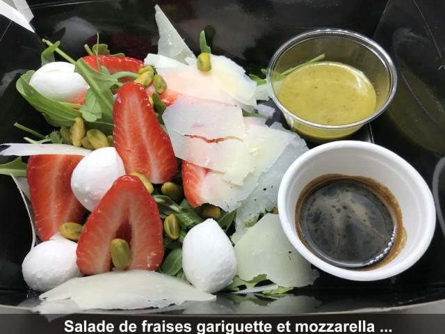 La Bisquine Salade de fraises gariguette et mozzarella de bufflone, ...
