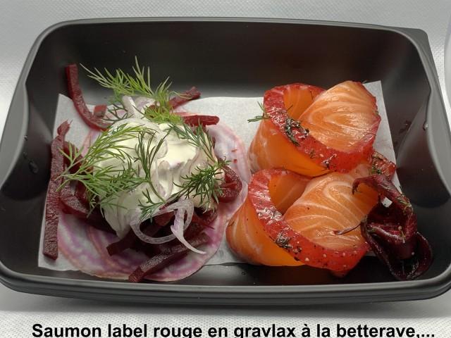 La Bisquine Saumon label rouge en gravlax à la betterave,